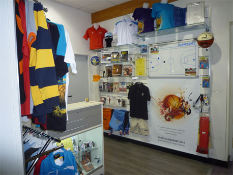 Showroom Basketspirit. Boutique Springboost Madrid. Tu tienda de baloncesto en Madrid